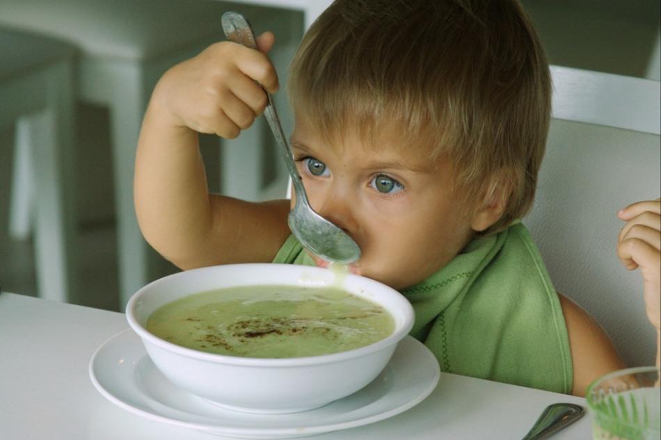 Детям от двух лет можно давать разнообразные блюда из кабачка.