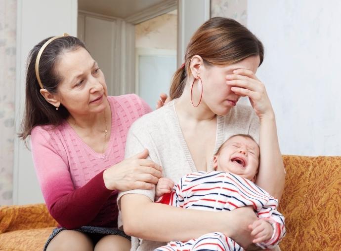 Как и когда наступают первые месячные после родов