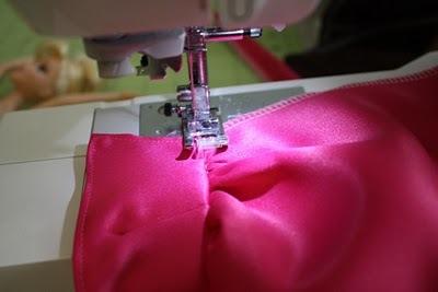 vechernee-plate-dlya-barbi-shag-1 Как сшить одежду для куклы Барби и Монстер Хай своими руками: выкройки, схемы, фото. Как сшить карнавальный костюм для куклы Барби и Монстер Хай своими руками?