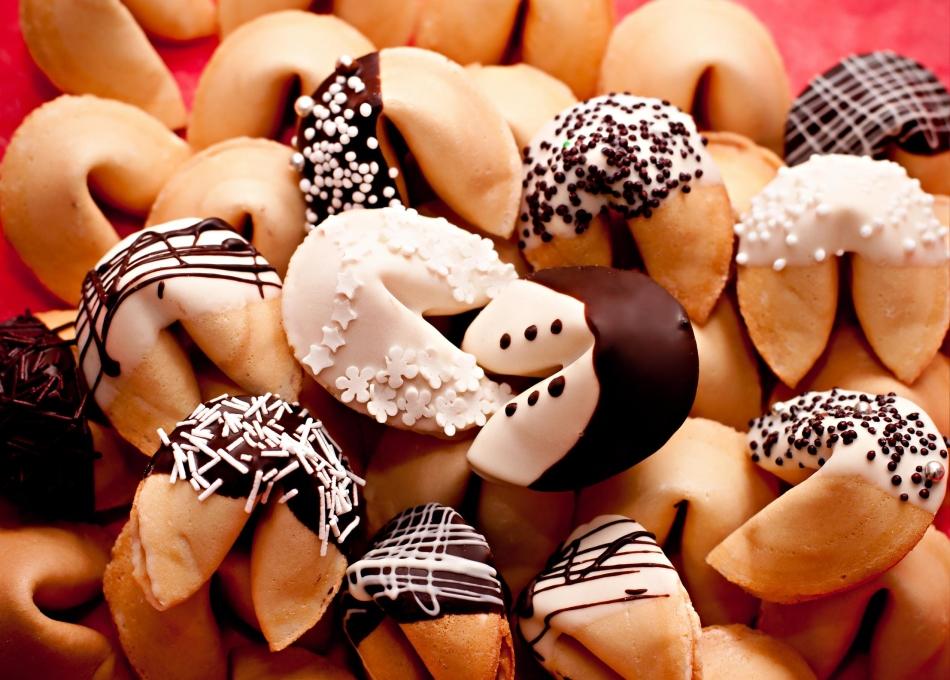 pechene-predskazanie-s-dekorom Печенье с предсказаниями рецепт