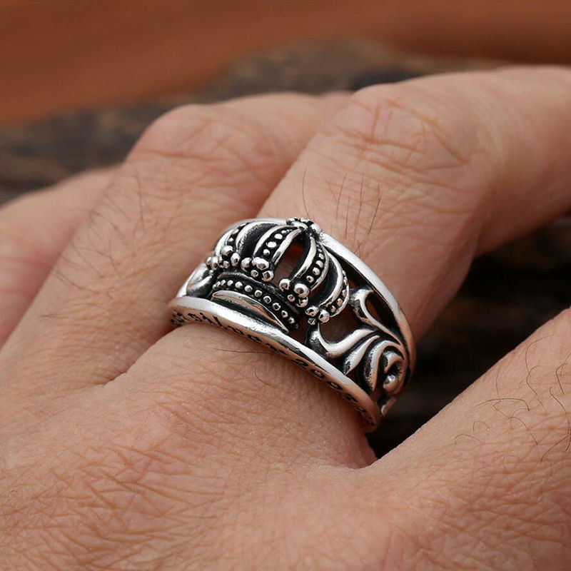Как выбрать и купить серебряные кольца и перстни женские и мужские с ... 114ccd092682c