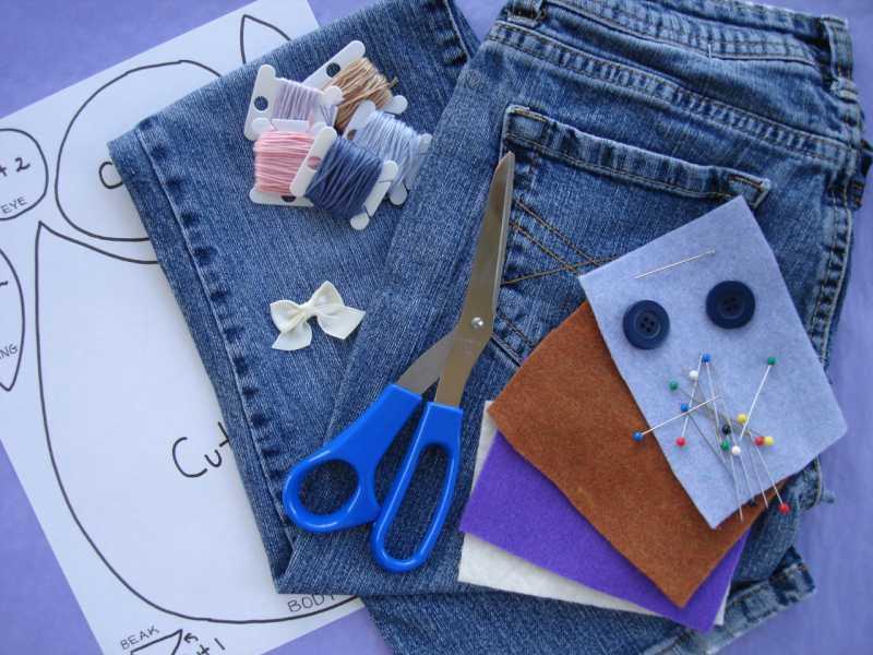 d9d52603cf8c2cc9c301fbf5db10b36a Сарафан из старых джинсов своими руками: выкройки, как сшить детский сарафан
