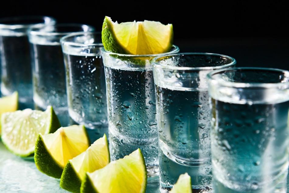 Как лучше пить текилу холодной или теплой?