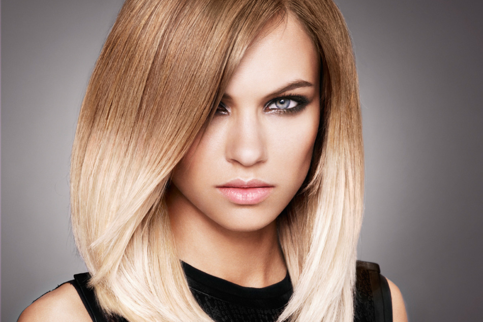 Очаровательное омбре на светлых волосах