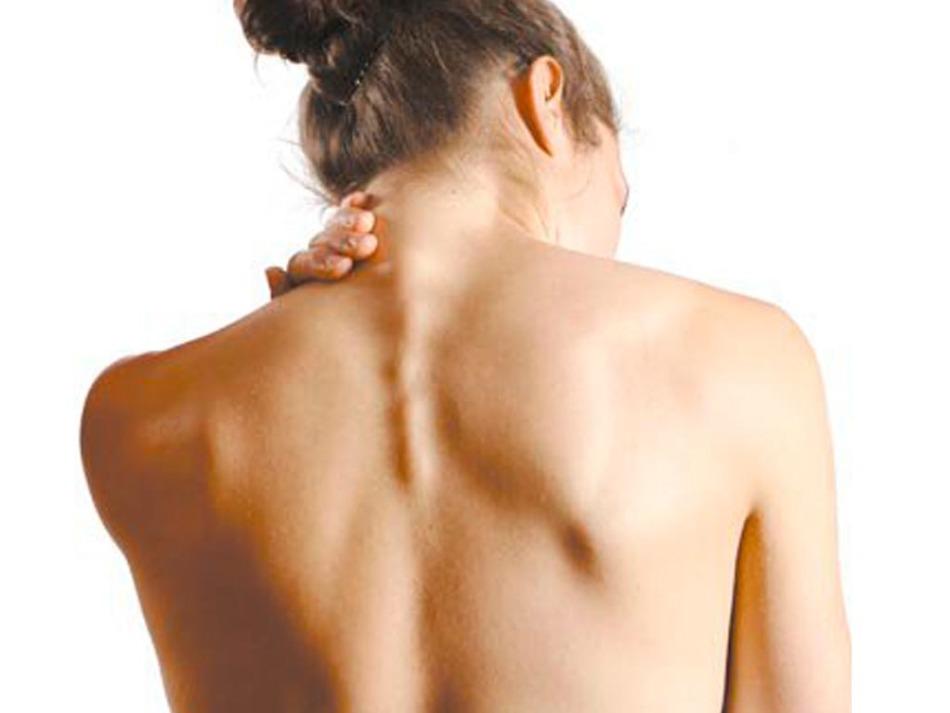 Горчичники помогу снять боль при остеохондрозе.