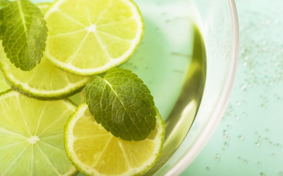 Жиросжигающий напиток с лимоном и мятой