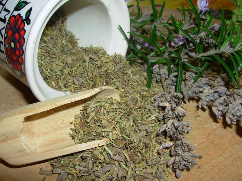 Как худеть с помощью полыни, одуванчика, и семян льна