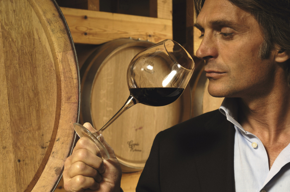 Вино придаёт мясу те изысканные аромат и вкус, которыми богато