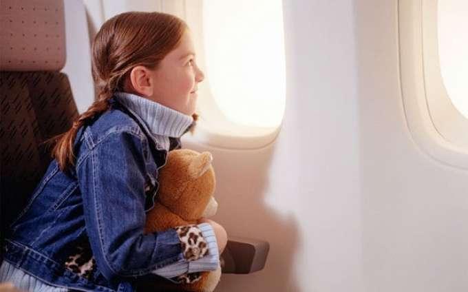 С какого возраста дети могут перелетать без родителей?