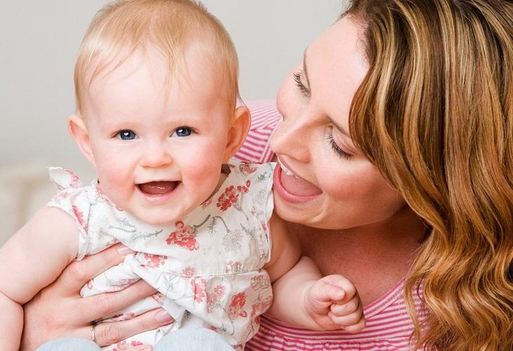 С маленькими принцессами и вовсе не стоит торопиться до 6-7 месяцев