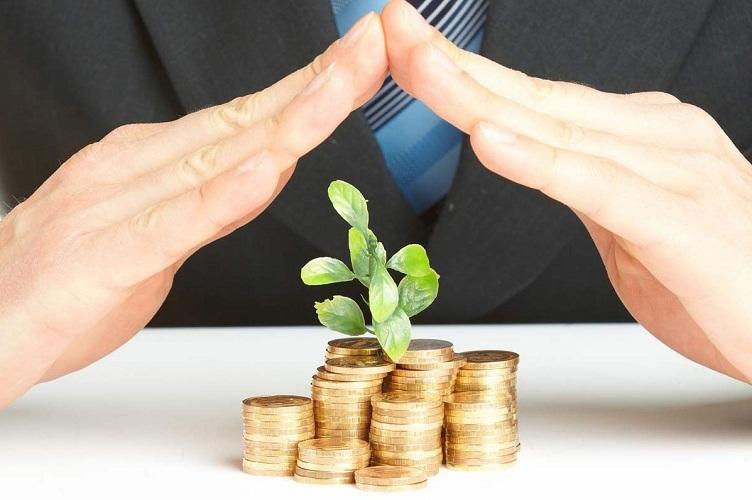 Хранить деньги дома не самый надежный способ