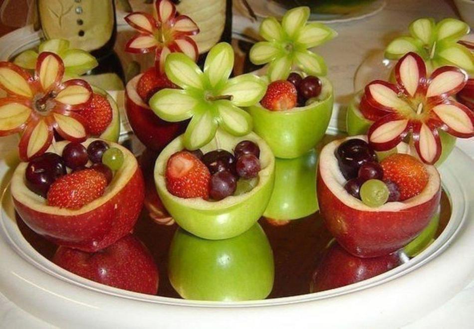 e19c4d2dd63983852e85d9ec65af797e Нарезка фруктов (26 фото): как красиво нарезать фрукты праздничный стол? Оформление фруктового ассорти в домашних условиях пошагово