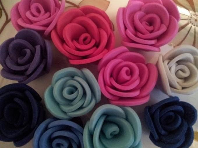 malenkie-rozochki-iz-foamirana Цветы из фоамирана своими руками 75 фото для начинающих