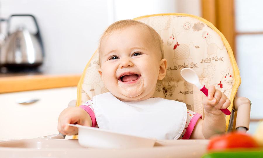 Кормление малышей - прикорм после шести месяцев