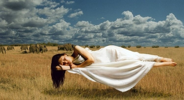 Когда снятся вещие сны?