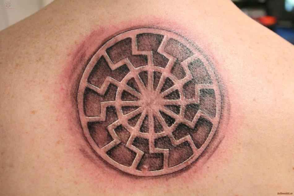 Татуировка от сглаза чёрное солнце