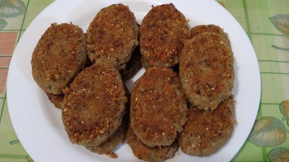 Котлеты в духовке из говядины и гречки