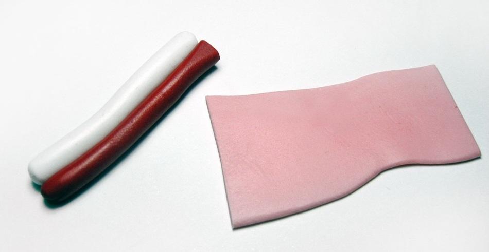nuzhno-skatat-kolbaski-iz-krasnoi-i-beloi-polimernoi-glini Изделия, поделки из полимерной глины: мастер класс для начинающих своими руками
