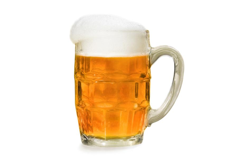 Позолоту можно очистить пивом