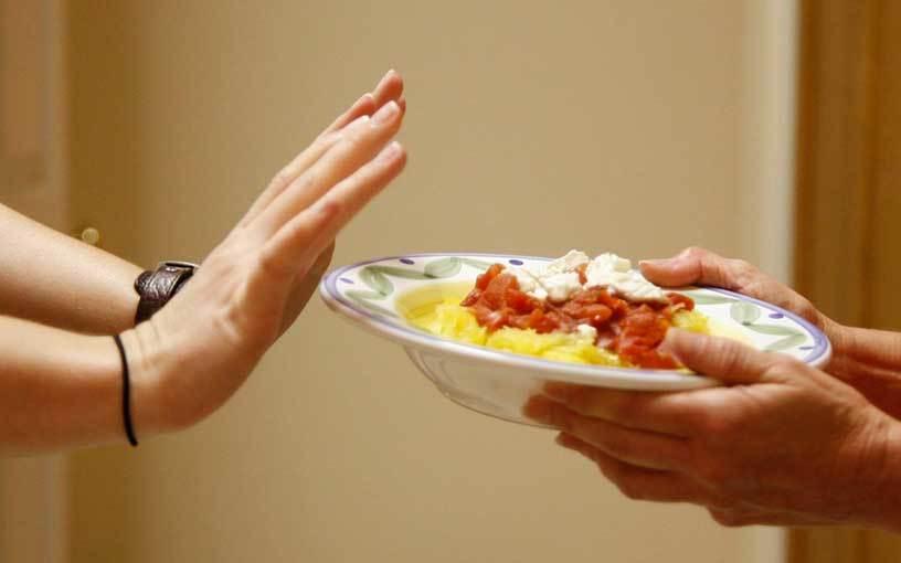 За несколько недель до голодания откажитесь от жирной пищи