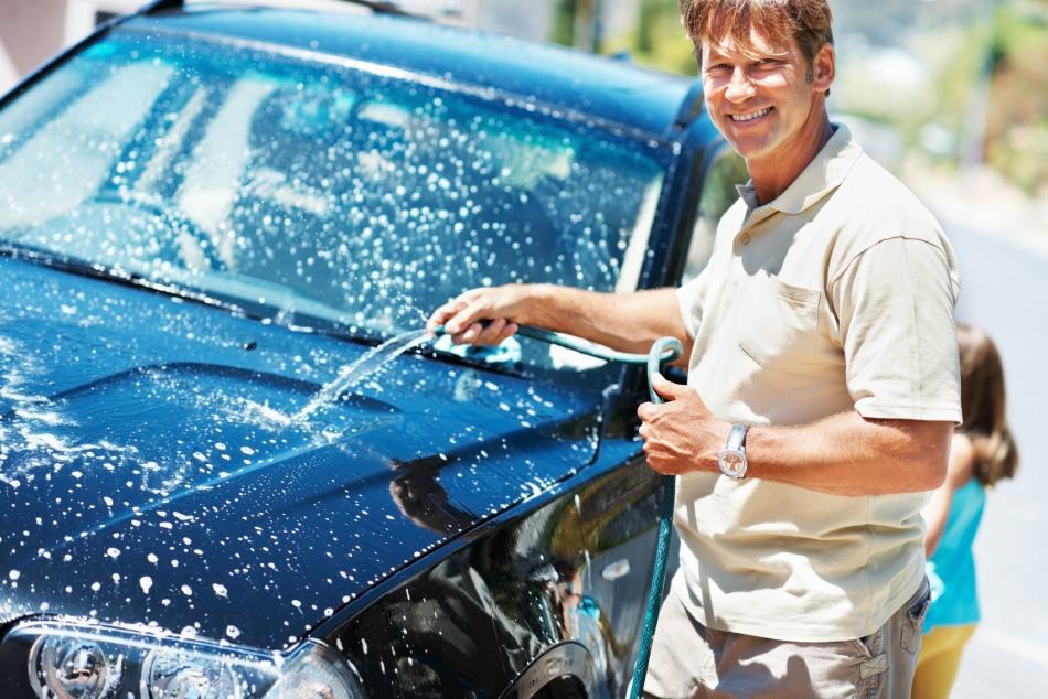 Мыть машину во сне - к наведению порядка в делах