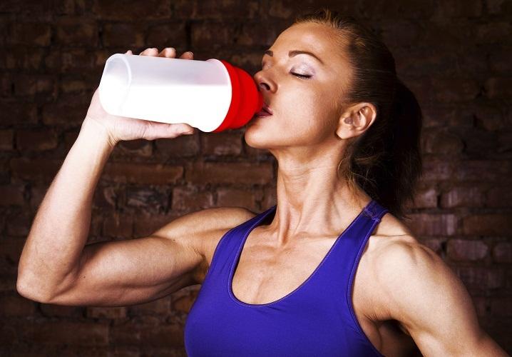 Для похудения разводите протеин водой вместо молока
