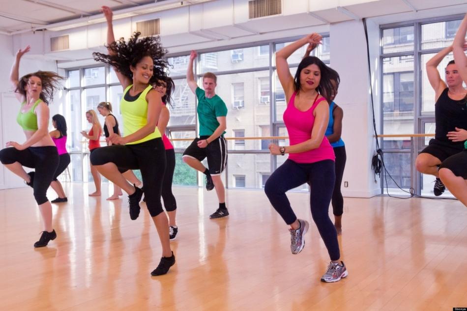 Зумба Похудение Танец Видео. Зумба фитнес. Уроки танцев для похудения, программа аэробики: Стронг, Аква, Степ. Видео