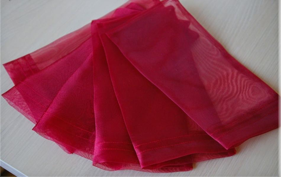 Теперь мешочки-упаковки для конфет выглядят так