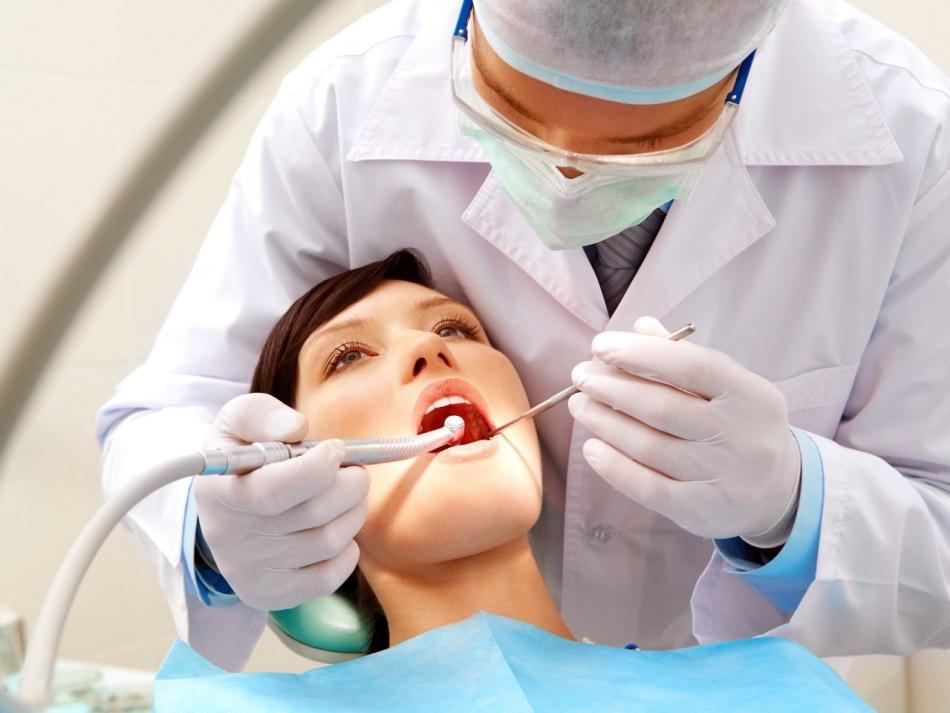 Лечение зубов, удаление, протезирование и операции на зубах - благоприятные дни в 2019 году: таблица