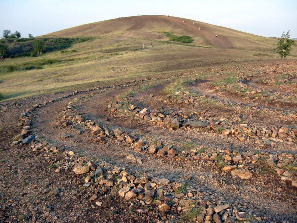 Известное загадочное место силы в башкирии - древний город аркаим