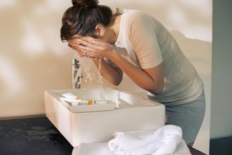 Умыть лицо - избежать слез