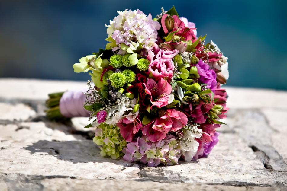 Красивые необычные свадебные букеты