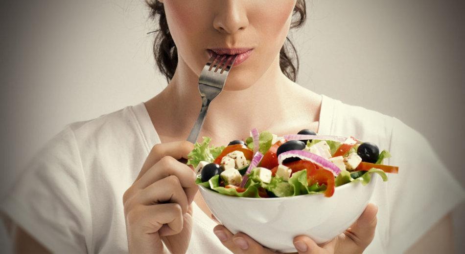 Корректировка питания - обязательное условие при лечении гипергидроза подмышек