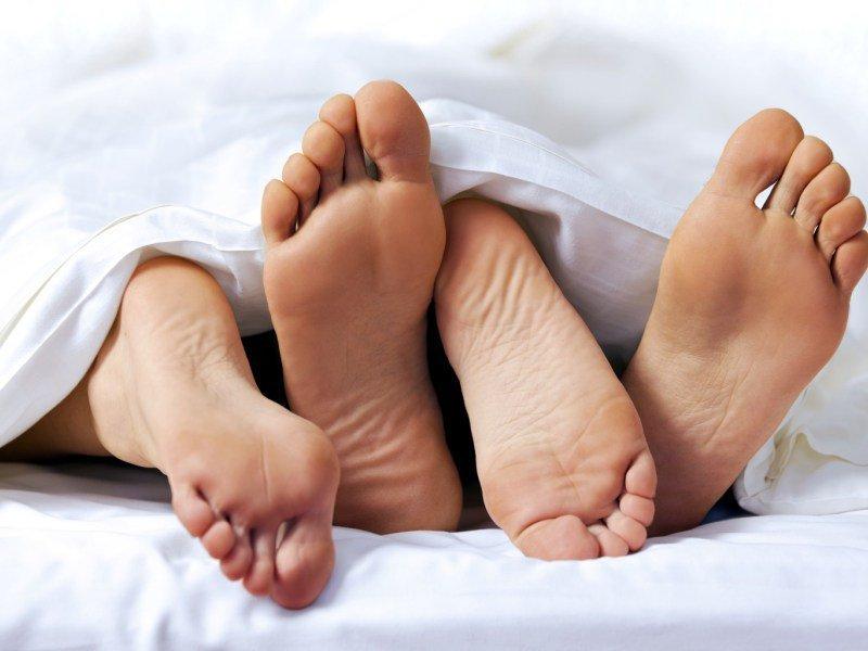 Стимулирование эрогенных зон дарит яркие сексуальные ощущеня