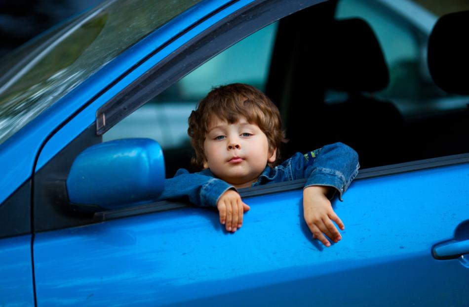 Почему ребенка тошнит в авто?
