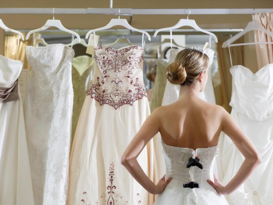 К чему снится мерить чужое свадебное платье фото