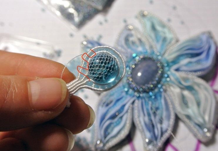 Еще один шнур для детали будущего шибори-ожерелья