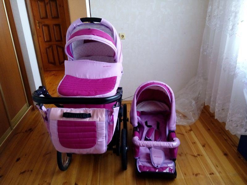 Обязательно стирайте детскую коляску, ведь плесень на ней опасна для здоровья малыша