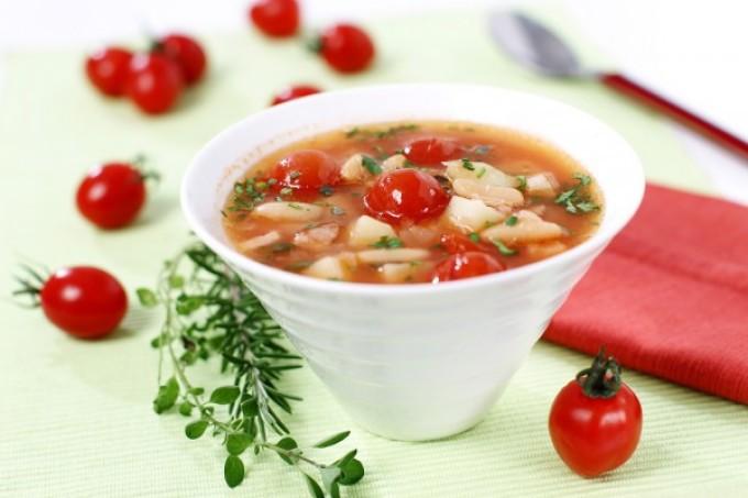 fff5862e6516b970d8c0ea90c85da890 Рыбный суп: вкусные рецепты из хека, семги, скумбрии, форели, сайры. Рецепт вкусного рыбного супа с томатами, пшеном, сливками, плавленным сыром
